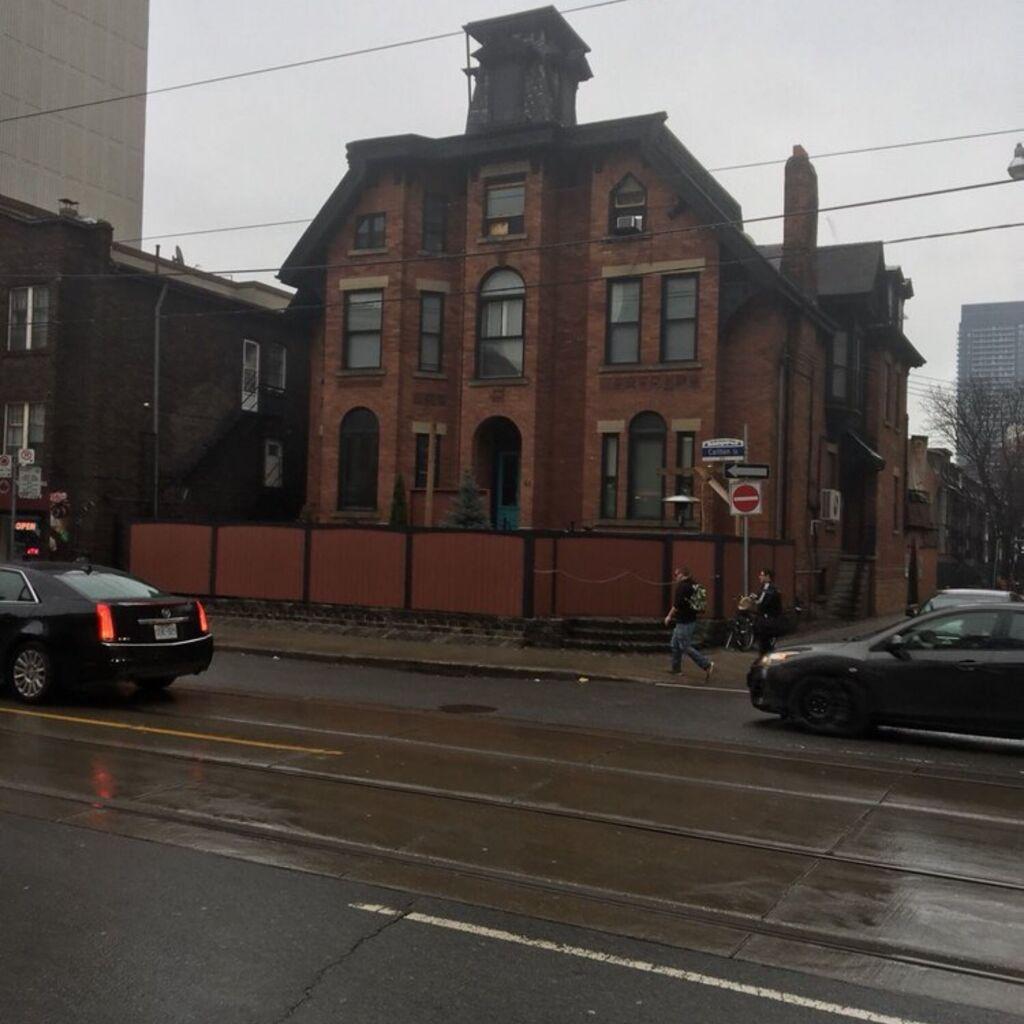 Club Toronto Building
