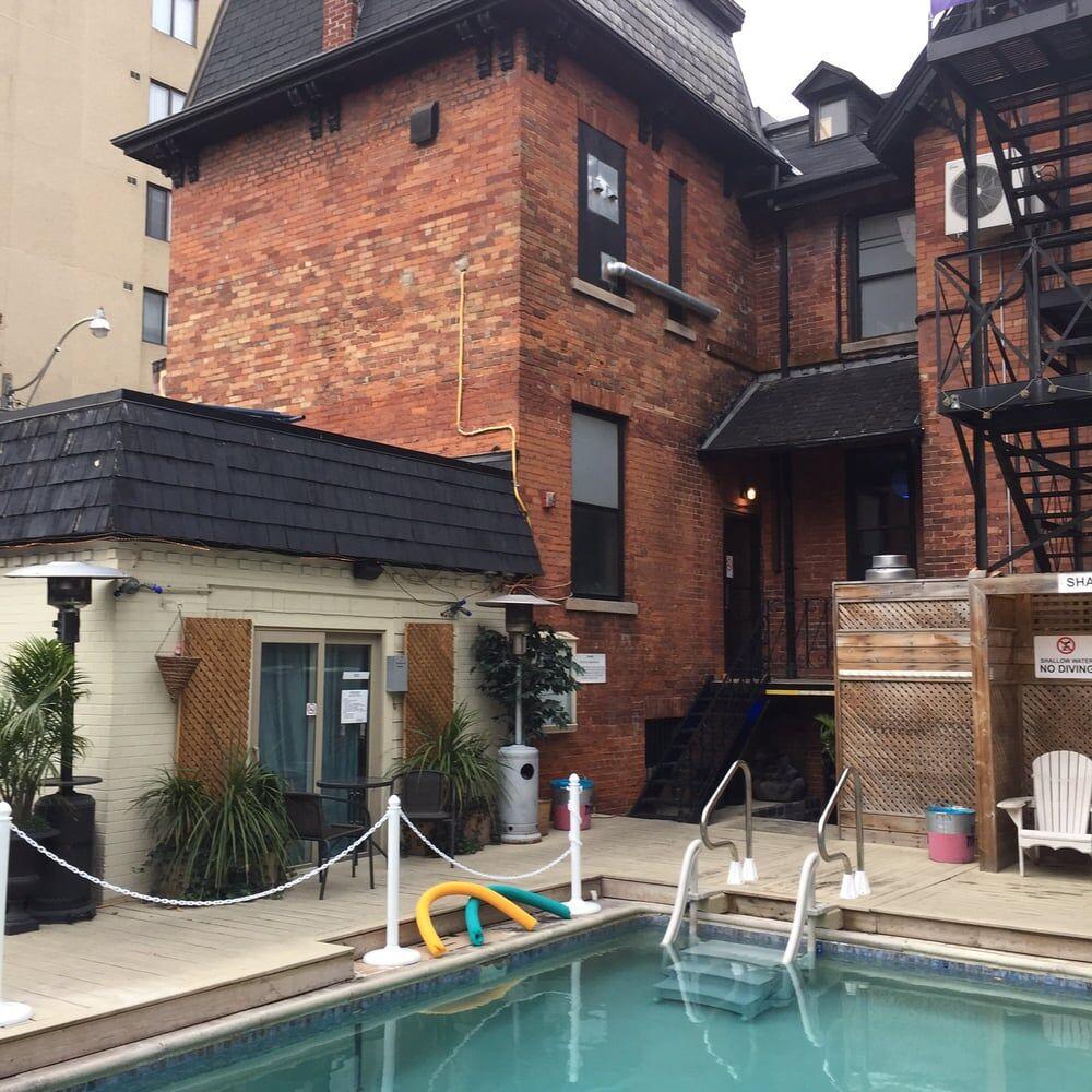 Club Toronto Pool
